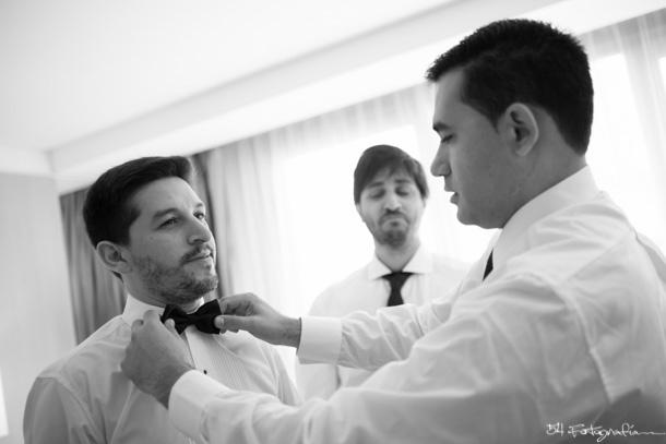 fotografo de bodas, fotografo de bodas buenos aires, fotografo de casamientos, fotografia de bodas buenos aires, fotografo de casamientos buenos aires, fotoperiodismo de bodas, foto de bodas, foto de casamientos, novio, novios, preparacion novio, habitacion novio