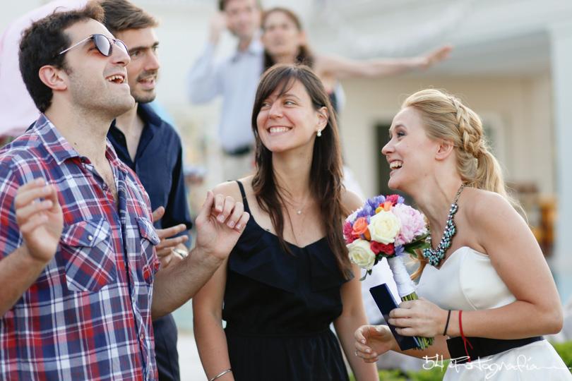 ceremonia civil,fotografo de casamientos, fotografia de bodas buenos aires, fotografo de casamientos buenos aires, fotoperiodismo de bodas, foto de bodas, foto de casamientos, ceremonia exterior, ceremonia casamiento, ceremonia boda, buenos aires