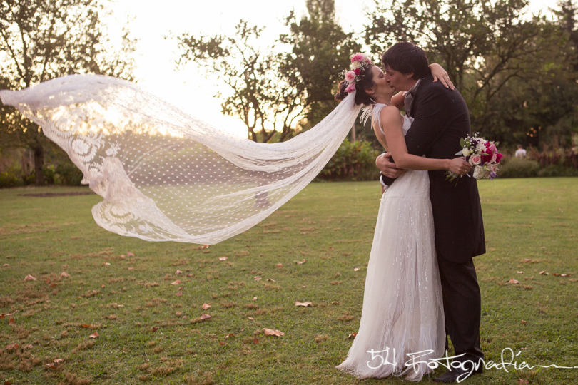 fotografo de bodas, fotografo de casamientos, fotoperiodismo de bodas, foto de bodas, foto de casamientos, ceremonia exterior, ceremonia casamiento,  ceremonia boda, buenos aires, casamiento al aire libre, boda de dia