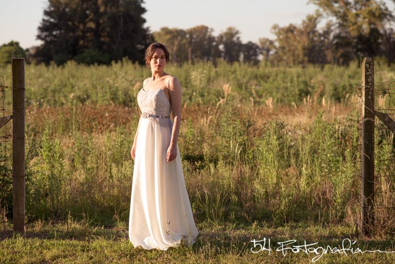 sesion de fotos de novia, vestidos de novia, produccion fotografica de bodas, vestido de bodas, fotografo de bodas, fotopertiodismo de bodas, fotografia de moda, me caso de blanco