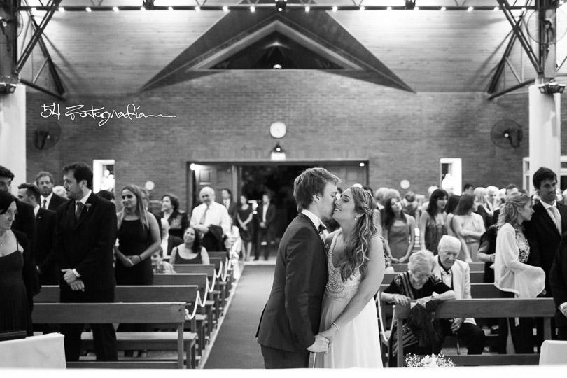 fotografo de bodas, fotografo de casamientos, fotografia de bodas buenos aires, fotografo de casamientos buenos aires, fotoperiodismo de bodas, fotografo de bodas pilar, fotografo de casamientos buenos aires, foto de bodas, foto de casamientos, ceremonia iglesia, ceremonia religiosa, iglesia fotos casamiento, me caso por iglesia, pilar