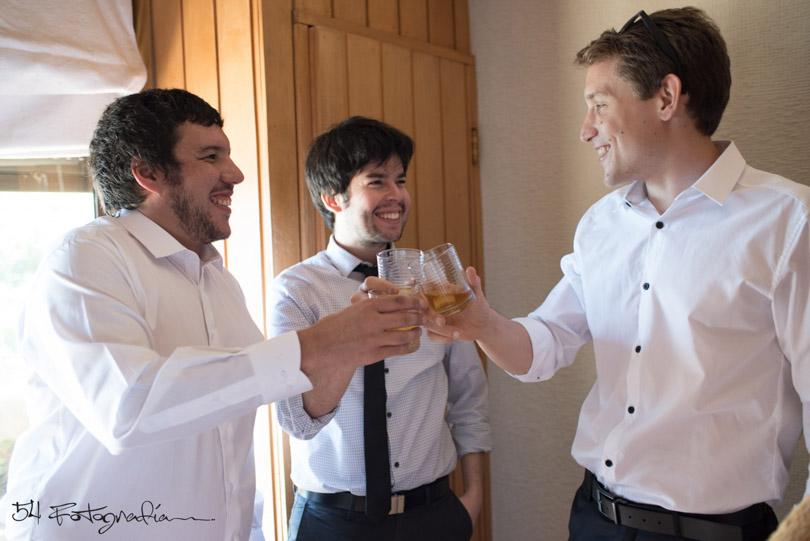 fotografo de bodas, fotografo de casamientos, fotografia de bodas argentina, fotografo de argentina, fotoperiodismo de bodas, foto de bodas, foto de casamientos, novio, novios, preparacion novio, habitacion novio, chile, algrrobo