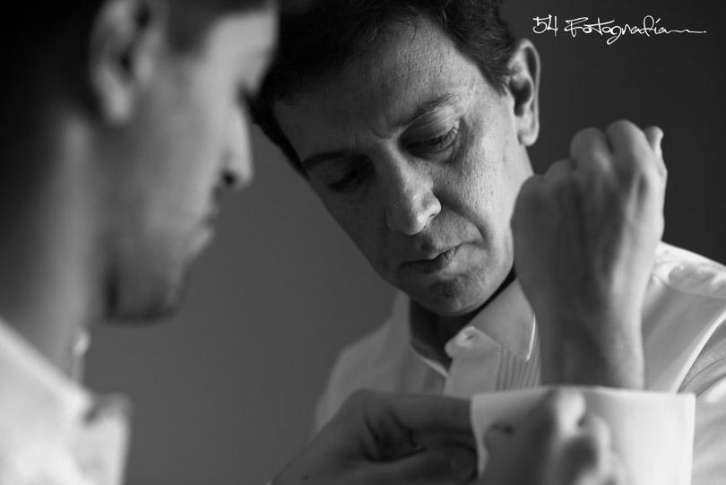 fotografo de bodas patagonia, fotografo de casamientos, fotografia de bodas, fotografo de casamientos buenos aires, fotoperiodismo de bodas, foto de bodas argentina, foto de casamientos, novio, novios, preparacion novio, habitacion novio
